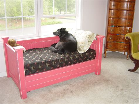 Dog-Bed-Plans-Using-Pallets-To-Fit-A-Crib-Mattress