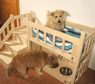 Dog-Bunk-Bed-With-Bowls-Plans