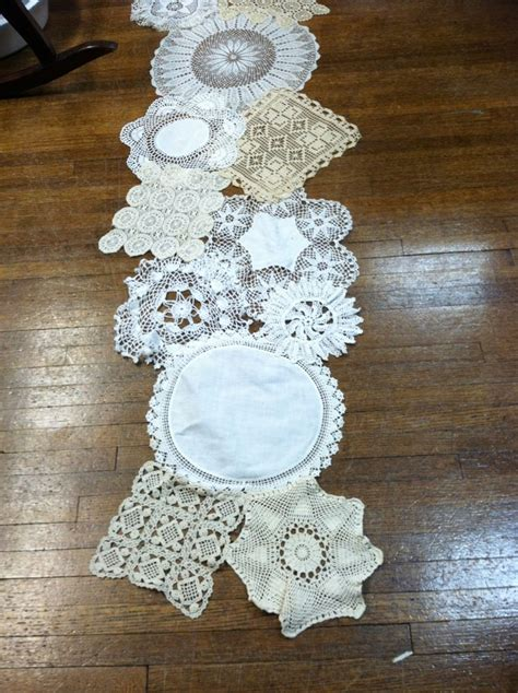Doily-And-Lace-Table-Runner-Diy