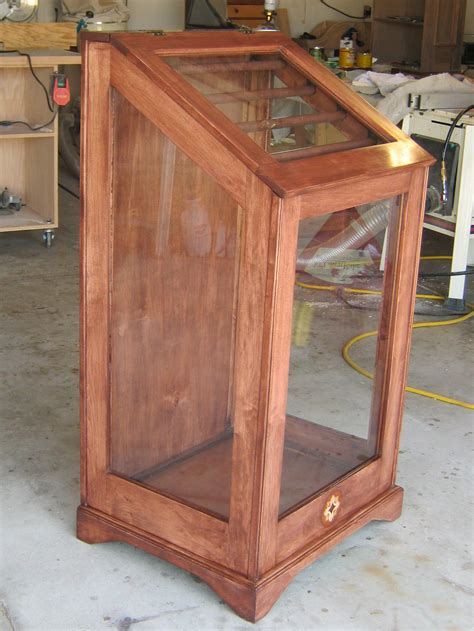 Doll-Display-Cabinet-Plans