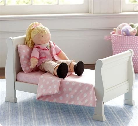 Doll-Sleigh-Bed-Plans