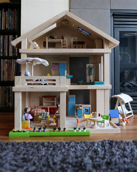 Dollhouse-Plans-To-Buy