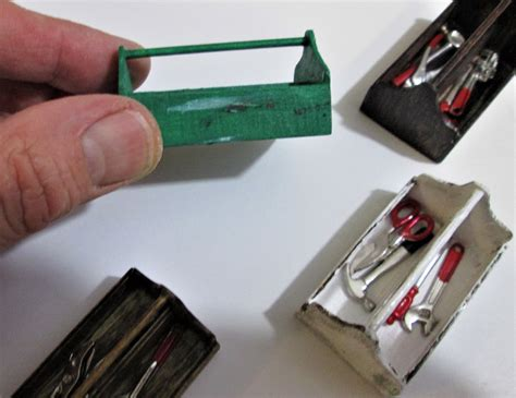 Dollhouse-Woodworking-Tools