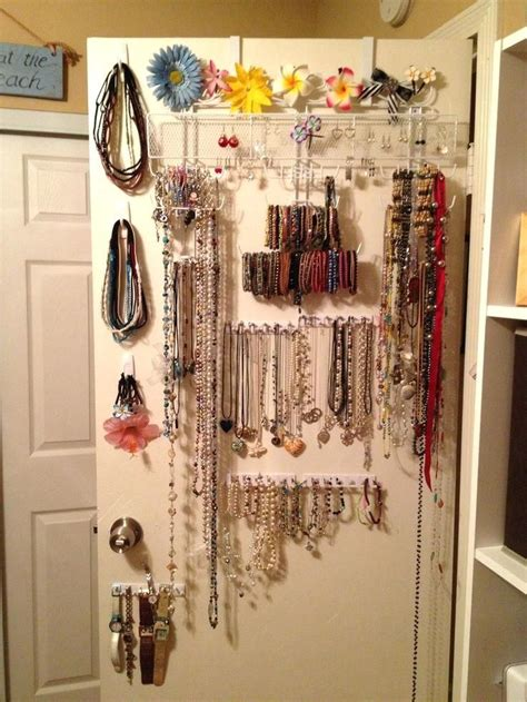 Door-Jewelry-Organizer-Diy