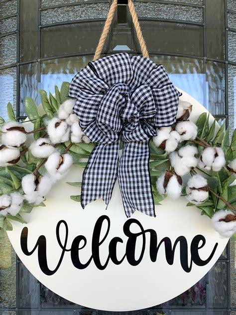 Door-Wreaths-Hangers-Diy