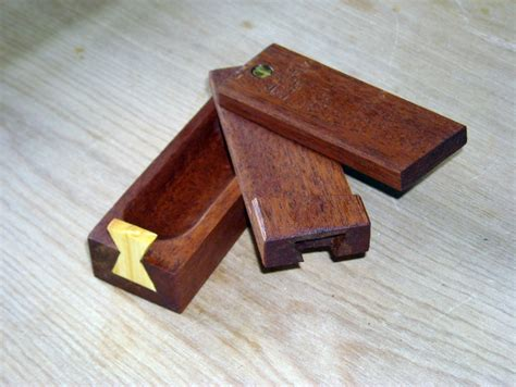 Dovetailed Grease Box