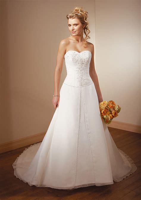 Dream conjugal dresses at affordable rates for the typical person
