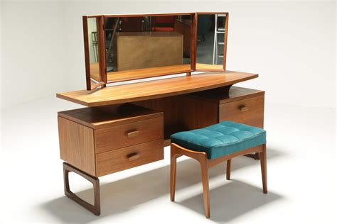 Dressing Table Vanity Plans