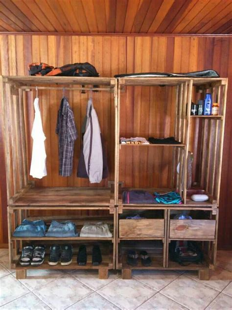 Drunken Woodworker Plans Pallets DIY Wardrobe