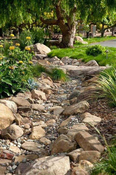 Dry Creek Bed Design