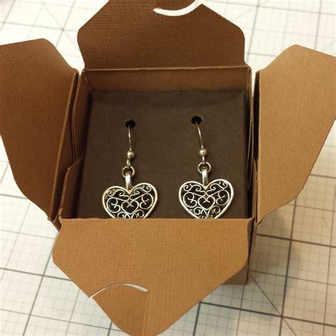 Earrings-Gift-Box-Diy