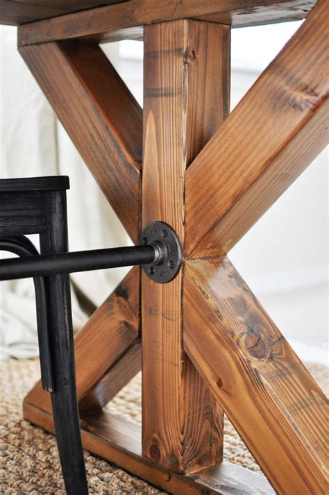 Easiest-Leg-Support-For-Table-Diy