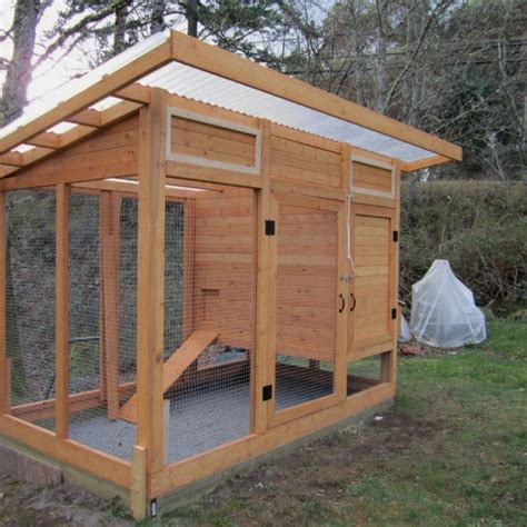 Easy Chicken Coop Plans For 4 Chickens