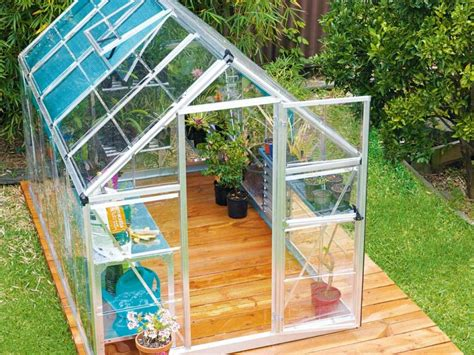 Easy Diy Backyard Greenhouse