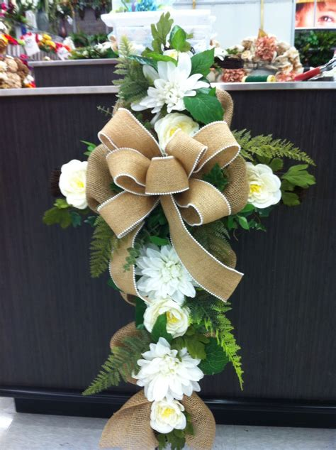 Easy Diy Tutorials Floral Spray For Grave