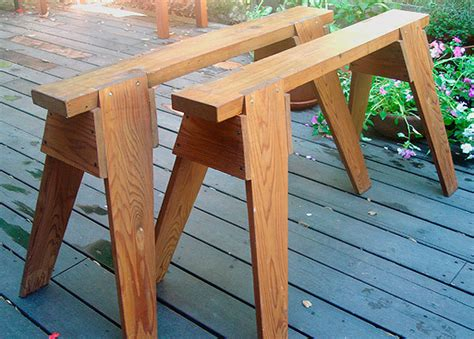 Easy Way To Build A Sawhorse Table