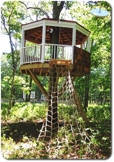 Easy-Cheap-Treehouse-Plans