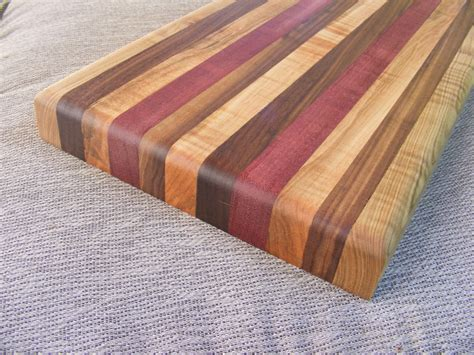Easy-Cutting-Board-Woodworking-Projects