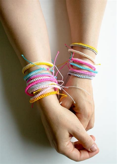 Easy-Diy-Bracelets-Tutorial