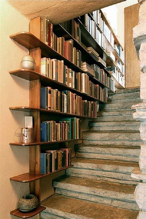 Easy-Diy-Desk-Bookshelves-Under-Stairs