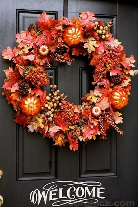 Easy-Diy-Door-Wreaths