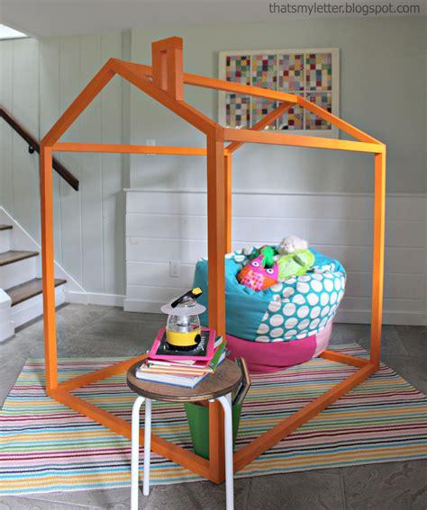 Easy-Diy-Indoor-Playhouse