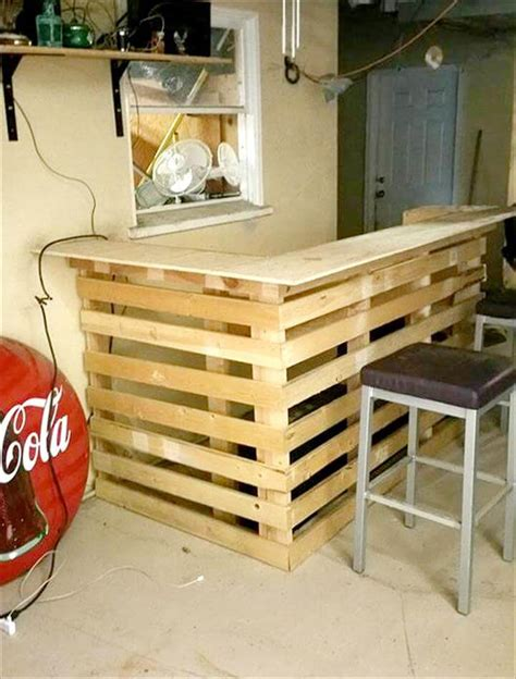 Easy-Diy-Pallet-Bar