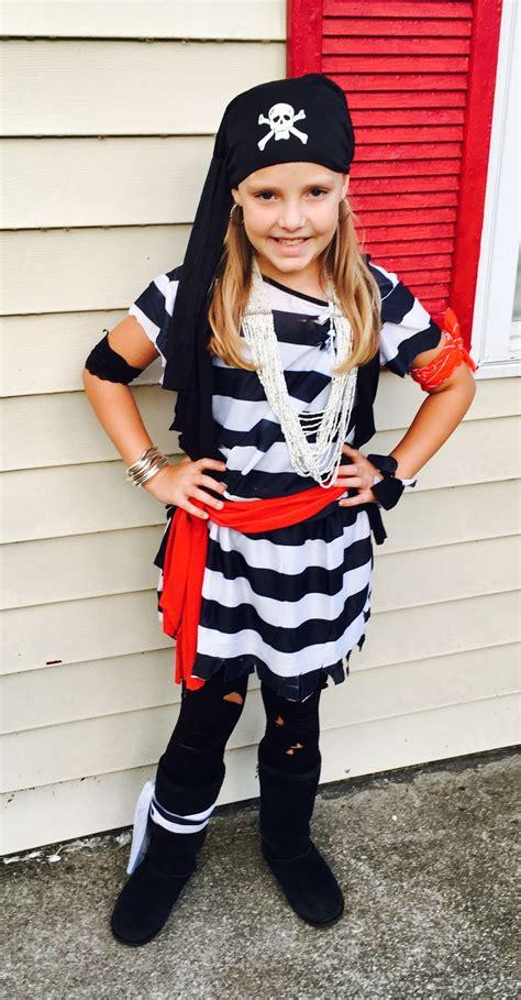 Easy-Diy-Pirate-Costume