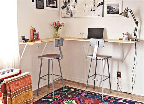 Easy-Diy-Standing-Desk