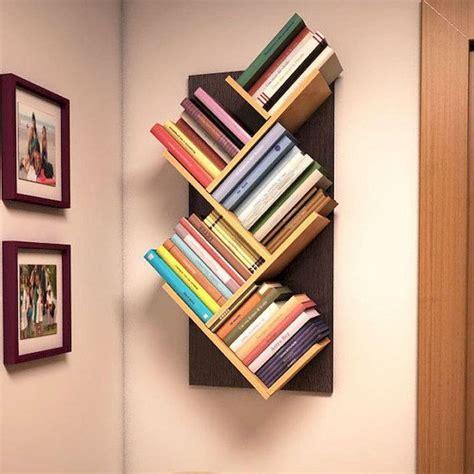 Easy-Diy-Wall-Mounted-Bookshelf