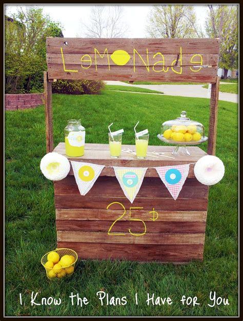 Easy-Lemonade-Stand-Plans