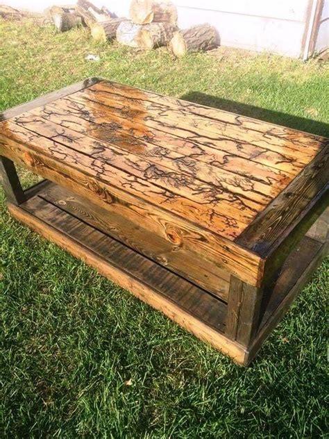 Easy-Pallet-Table-Diy