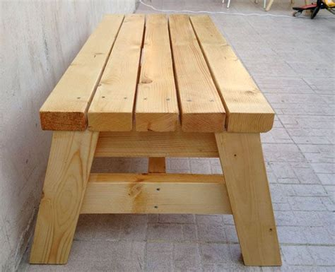 Easy-Sitting-Bench-Plans