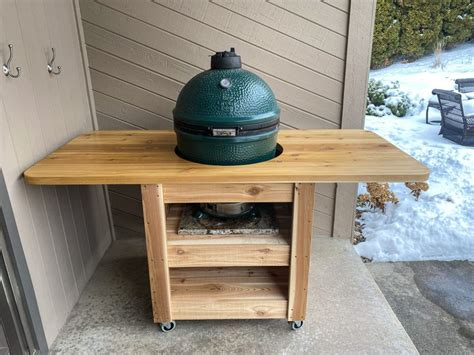 Easy-To-Move-Green-Egg-Table-Plans
