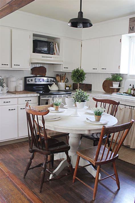 Eat-In-Kitchen-Table-Farmhouse