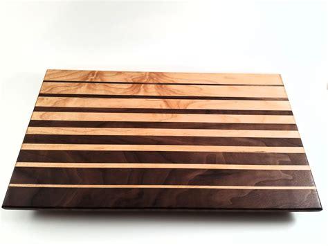 Edge-Grain-Cutting-Board-Plans