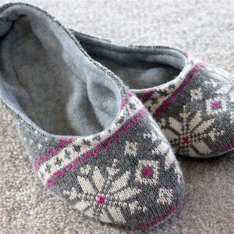 Ehow Diy Sweater Slippers