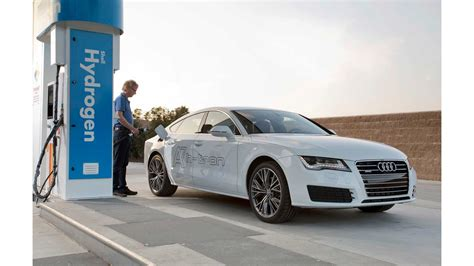 [pdf] Electric Vehicle With Zero-Fuel Electromagnetic Automobile .
