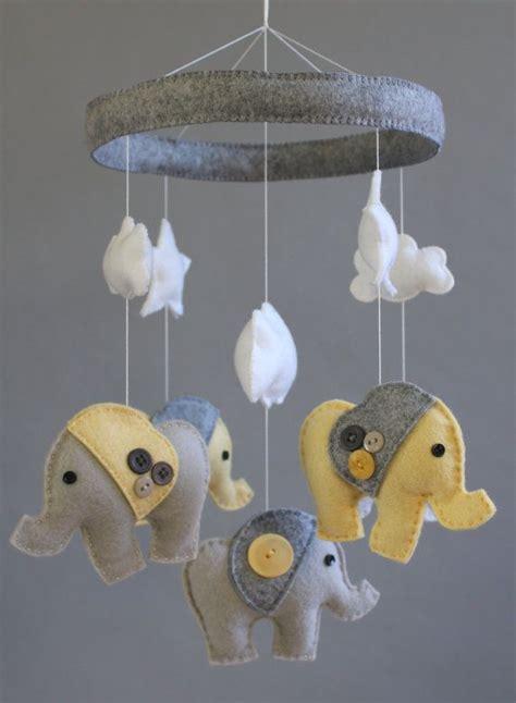 Elephant-Crib-Mobile-Diy