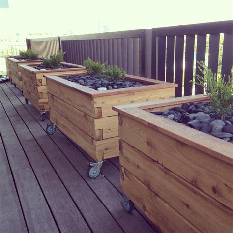 Elevated Garden Planters On Wheels Plans