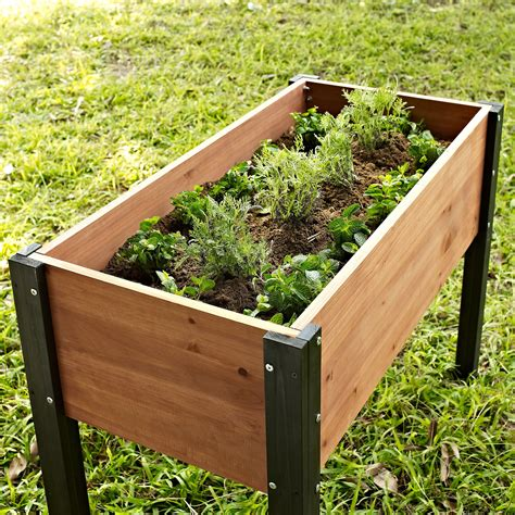 Elevated-Container-Garden-Plans