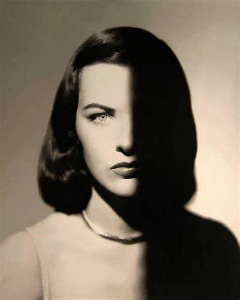 2da1f8188 Shop For Low Price Ella Raines Immagini   Ella Raines Fotos Stock ...