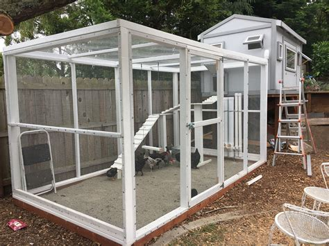 Enclosed Chicken Run Plans Diy