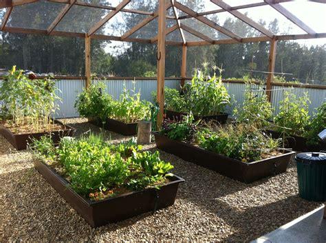 Enclosed-Garden-Plans