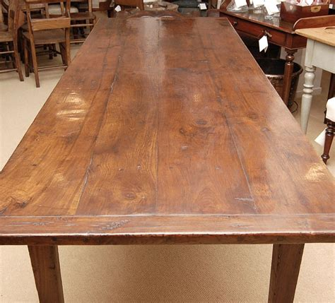 English-Chestnut-Farm-Table