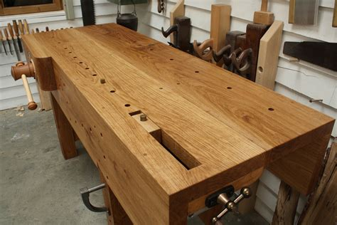 English-Woodworker-Benh-Top