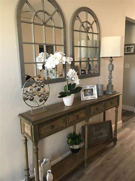 Entryway-Table-Ideas-Farmhouse