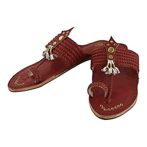 Exceptional Cherry Red Pointed kolhapuri Chappal For Men KRKA-M-183