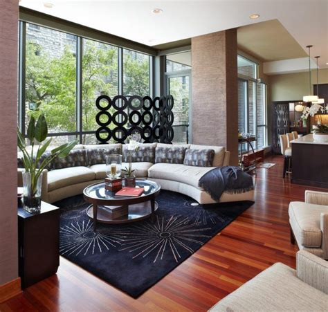 Family-Rooms-With-Dark-Cherry-Woodwork