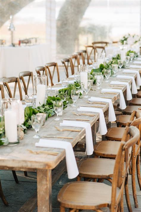 Farm-Decor-Wedding-Reception-Table